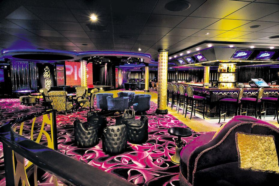 Norwegian Epic - Norwegian Cruise Lines - bar na lodi