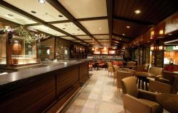Freedom of the Seas - Royal Caribbean International - bar na lodi